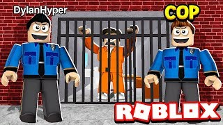 COP IN ROBLOX BLOXBURG!!