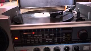 Радиола Вега РЭ-301С  01