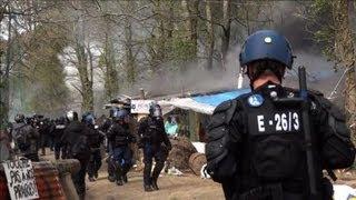 ND-des-Landes: vifs heurts entre opposants et forces de l