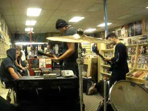 Record Store Day: Sound Station: NEW JERSEY PUNK BAND IL UNION 4/16/2011 (1/3)