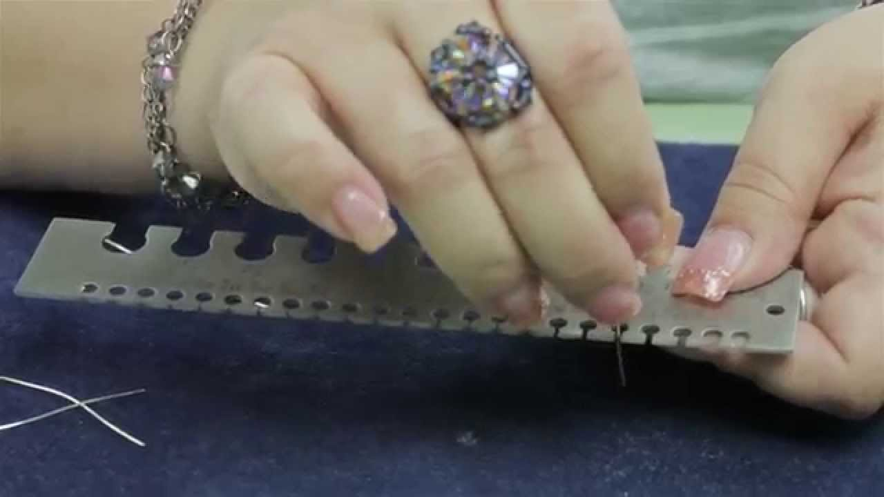 How to use a Metal Wire Gauge - YouTube
