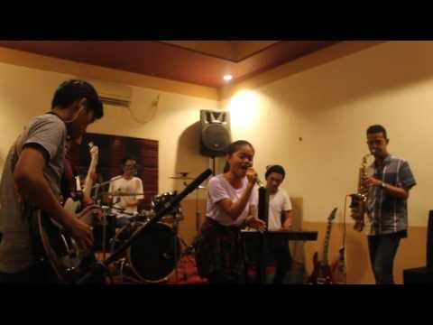 Aiyeko Band - Mappadendang cover #MaRencongRencongFest