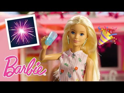 summer-fireworks-party-with-the-barbie-dreamcamper-|-barbie