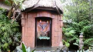 Sunshine Pavilion/Tropical Serenade Preshow (Enchanted Tiki Room) - Magic Kingdom.