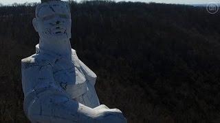 Памятнику Артёму в Святогорске грозит  природная декоммунизация
