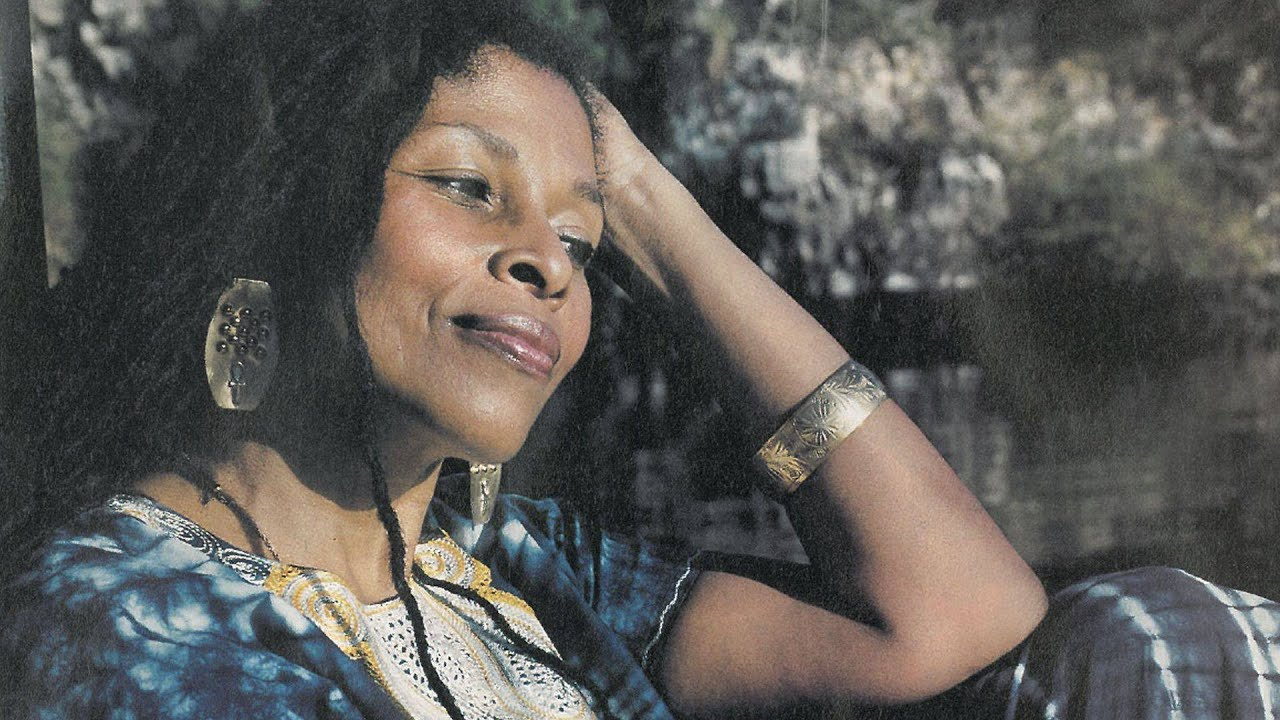 Hands Off Assata Shakur: Angela Davis Calls for Radical Activism to Protect Activist Exiled in Cuba