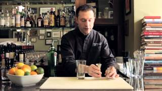 How To Use A Jigger For Measuring Cocktail Ingredients - Drinkskool Bar Techniques