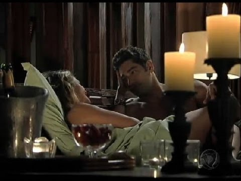 Eduardo e Isabel passam a noite juntos em pousada romântica: Apaixonados, os dois namoraram bastante e ainda trocaram juras de amor.
