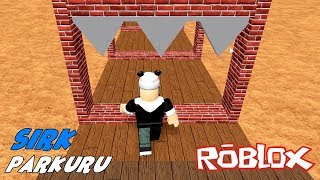 Panda and I Are Trying to Escape the Giant Circus! Roblox Circus Obby