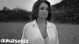 Ayçin Asan - Gitme (Official ) Resimi