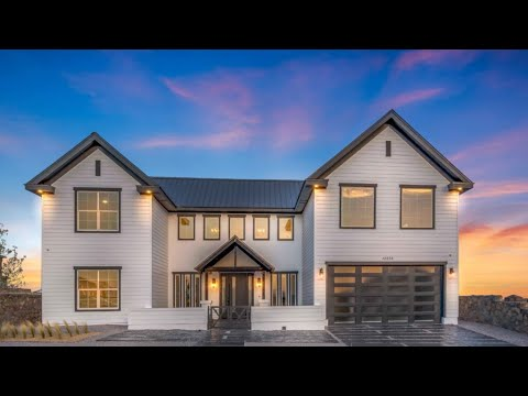 Contemporary Farm House 3,416 Sqft | 4 Beds | 3.5 Baths | 3 Car | Icon Custom Builder El Paso Texas