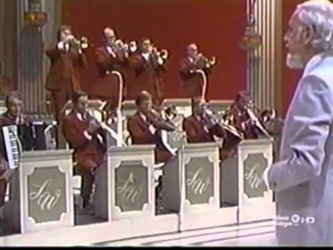 The Lawrence Welk Show - The Songs of Perry Como - Interview: The Aldridge Sisters - 09-23-1978