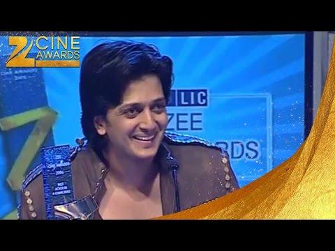 Zee Cine Awards 2006 Best Actor in a comic role Riteish Deshmukh