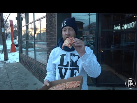 Barstool Pizza Review - Young Joni (Minneapolis,MN)