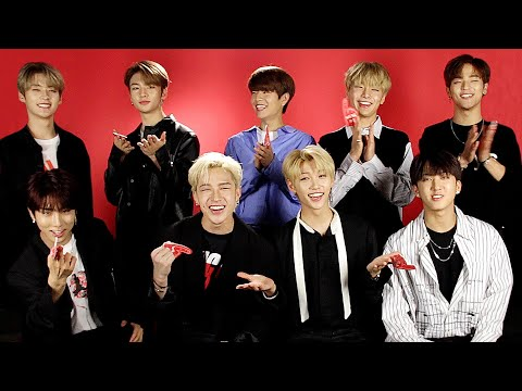Stray Kids Play Who&39;s Who