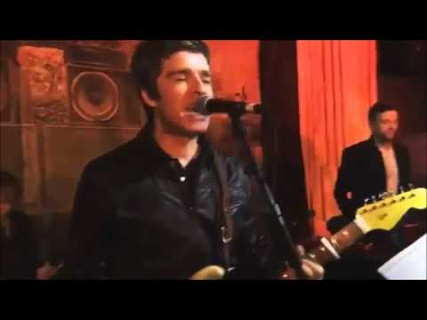 Damon Albarn and Noel Gallagher - DARE - FULL MASHUP - Paul Simonon's birthday party 2015