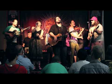 """The Oh Hellos - """"Eat You Alive"""" (Live In Sun King Studio 92 Powered By Klipsch Audio)"""
