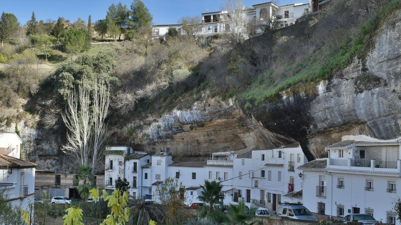 Venta de casas cuevas en Benamaurel Granada