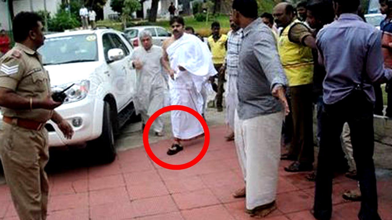 Pawan kalyan Enters Tirumala Temple