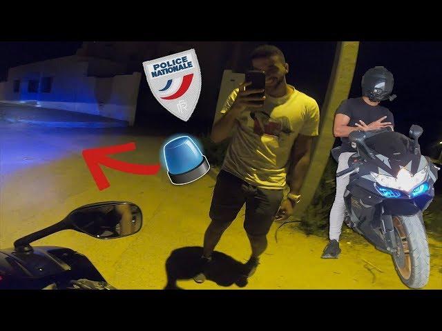 METTRE DES GYRO DE POLICE SUR SA MOTO (Je les utilise sur la route)