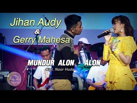 Jihan Audy Feat Gerry Mahesa Mundur Alon Alon  Official Music Video