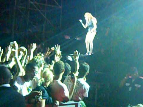 Beyoncé - Hello @ Rio de Janeiro 07/02/10 I Am ... Tour