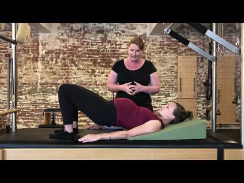 Safe exercise while being pregnant - Pelvic Curl