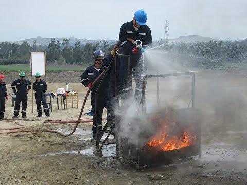 Curso de lucha contra incendios en industrias y viviendas