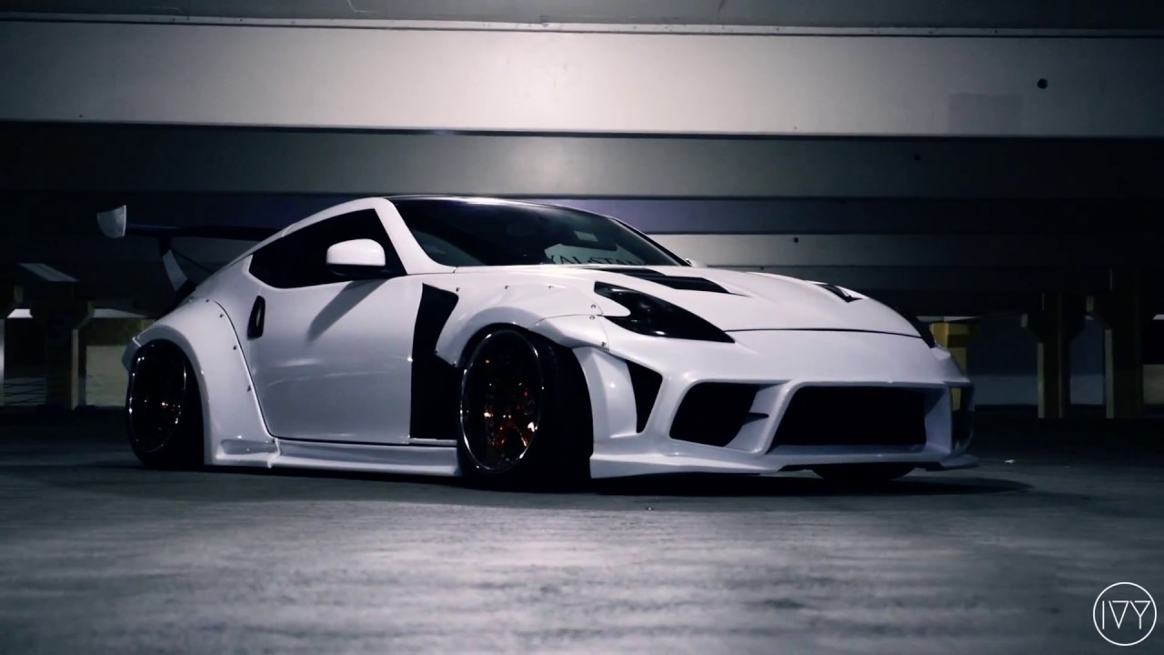 Widebody 370Z Lurking Into The Night - YouTube
