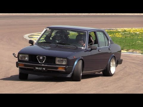 Alfa Romeo Alfetta 2.0 Twin Spark - Crazy drift, track action & on board