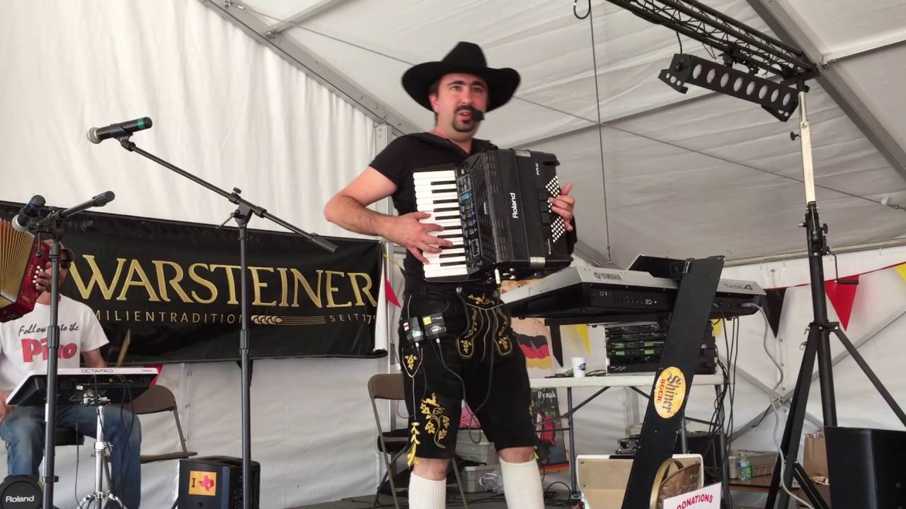 chris rybak band oktoberfest style zicke zacke zicke zacke hoi hoi hoi youtube. Black Bedroom Furniture Sets. Home Design Ideas
