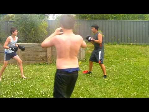 boxing matches bowra