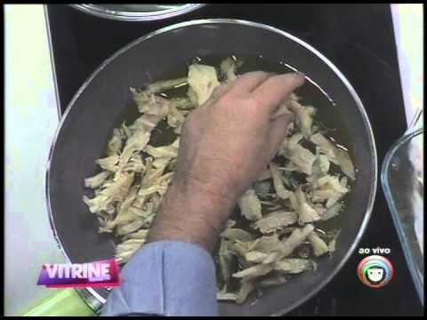 Aprenda como se faz arroz com bacalhau (12/05)