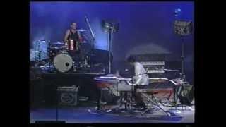 Charly Garcia - Sarabande / Cerca de la revolucion (Buenos Aires Vivo 3 1999)