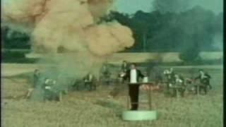 Monty Python FC 26. - A Kék Duna keringő robbantásos változata