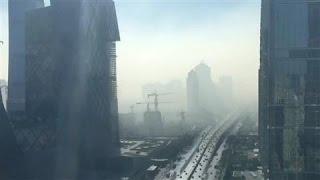 Time-Lapse Video Shows Smog Enveloping Beijing