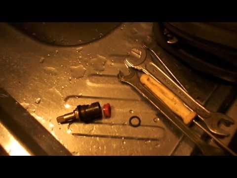 Видео Ремонт смесителя своими руками