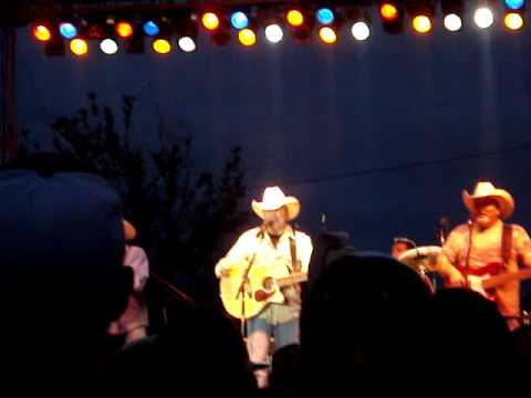 Mark Chesnutt- Goin through the  Big D