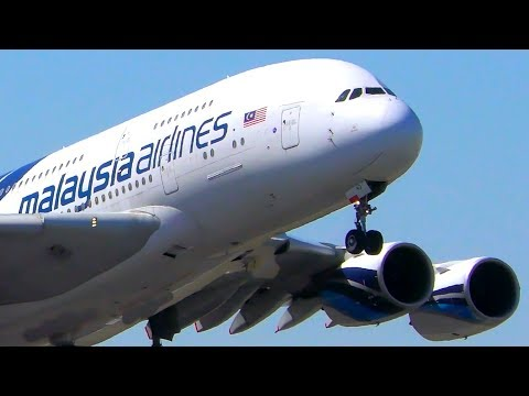 INCREDIBLE Malaysia Airlines A380 CLOSE UP Landing & Takeoff   Melbourne Airport Plane Spotting