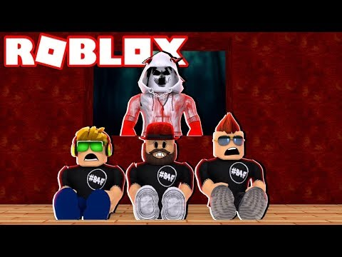 HIDING FROM A SCARY BEAST in ROBLOX FLEE THE FACILITY | RUN, HIDE, ESCAPE!