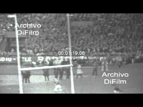 DiFilm - France vs Wales - Five Nations Championship 1967