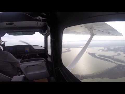Palo Alto Pattern (KPAO) in a Cessna Skycatcher 162 - 2015-02-04
