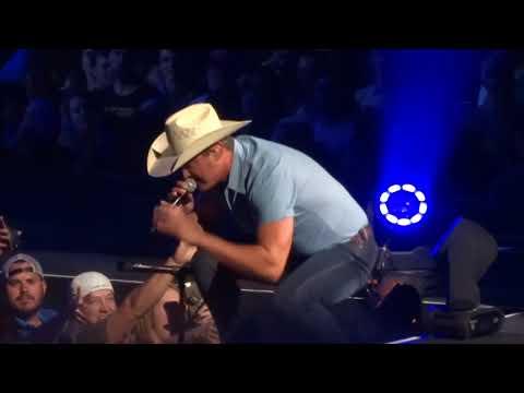 "Jon Pardi in Kansas City ""Night Shift"" 8/26/18"