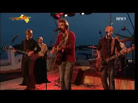 Minor Majority - Supergirl - Sommeråpent, NRK 14 08 2007