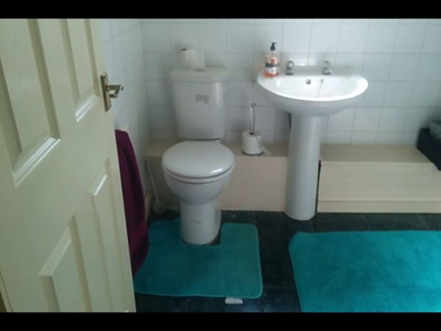 1 double room available in  5 bed STUDENT House.  Main Photo