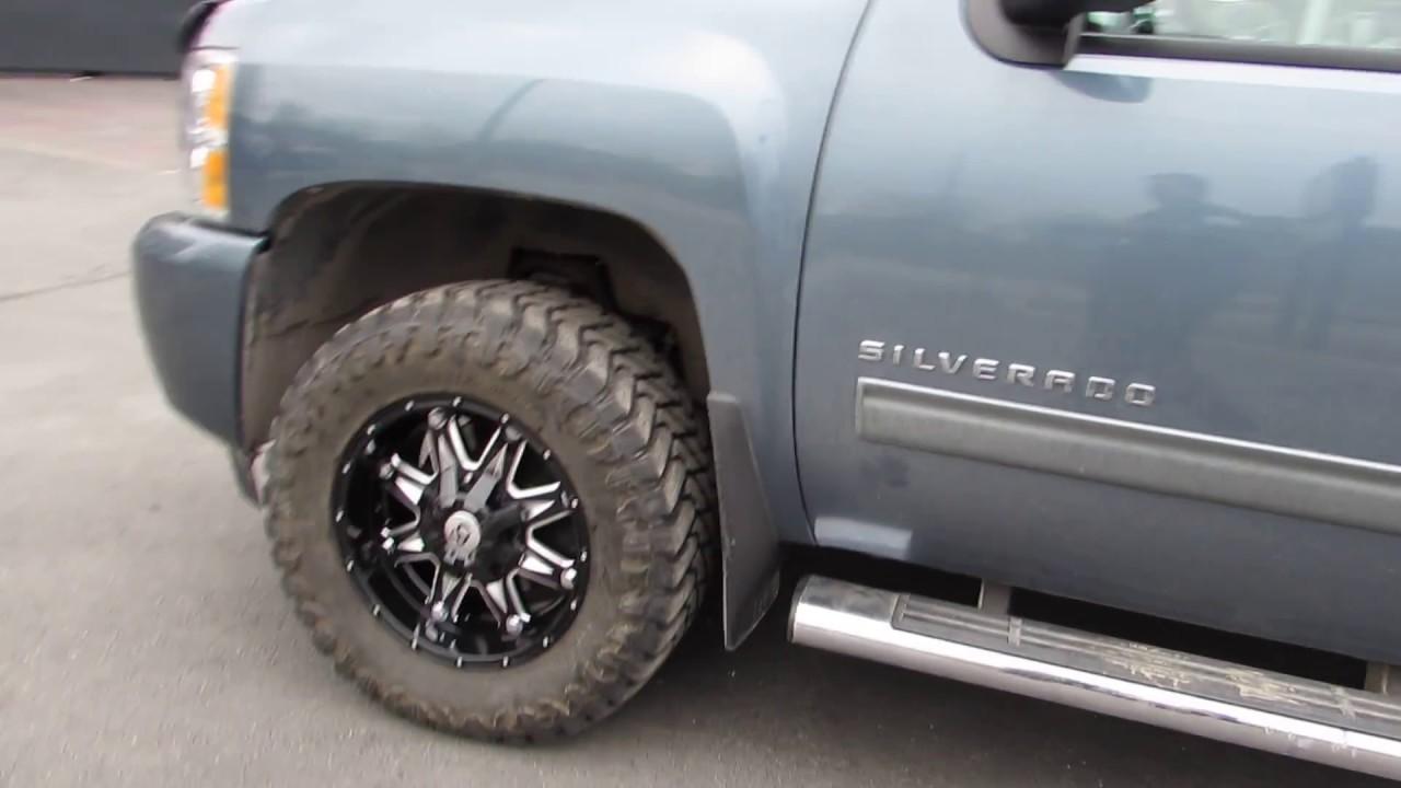 18 Inch Tires >> 2012 Chevrolet Silverado 18 Inch Off Road Rims Mud Tires Lifted