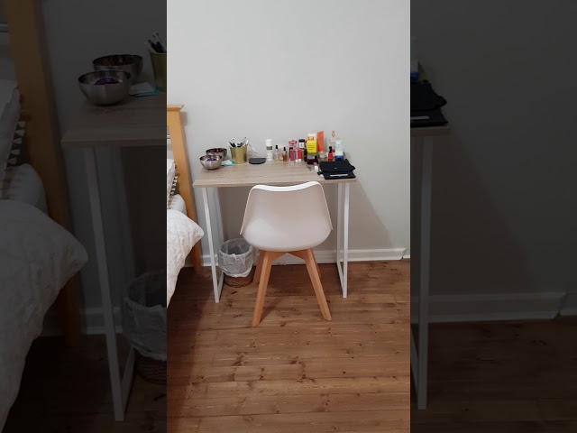 Bright modern room ideal for clean & tidy female.. Main Photo