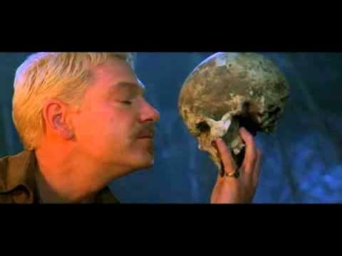 Gravedigger speaks to Hamlet-Hamlet 1996