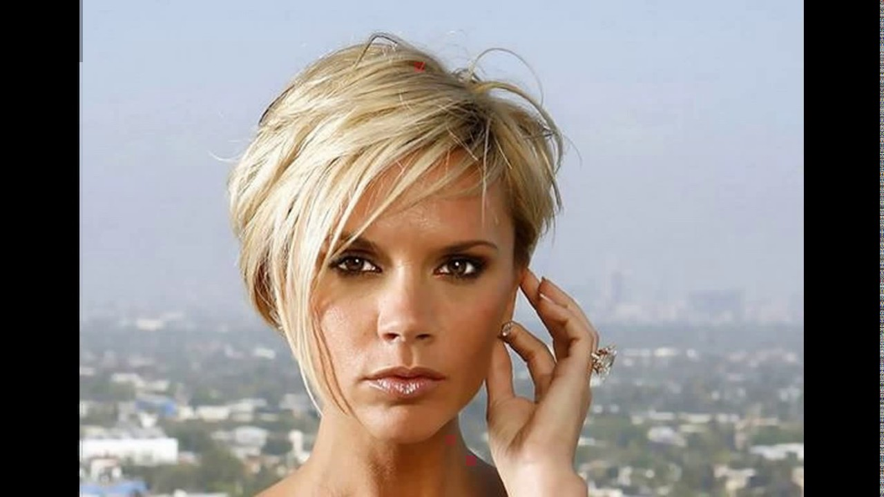 Victoria Beckham Short Blonde Haircut