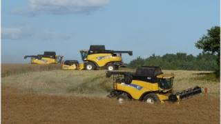 Big Harvest with New Holland Combines